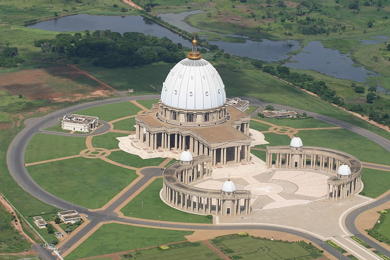 Our Lady Of Peace of Yamoussoukro Basilica (1989- ) •